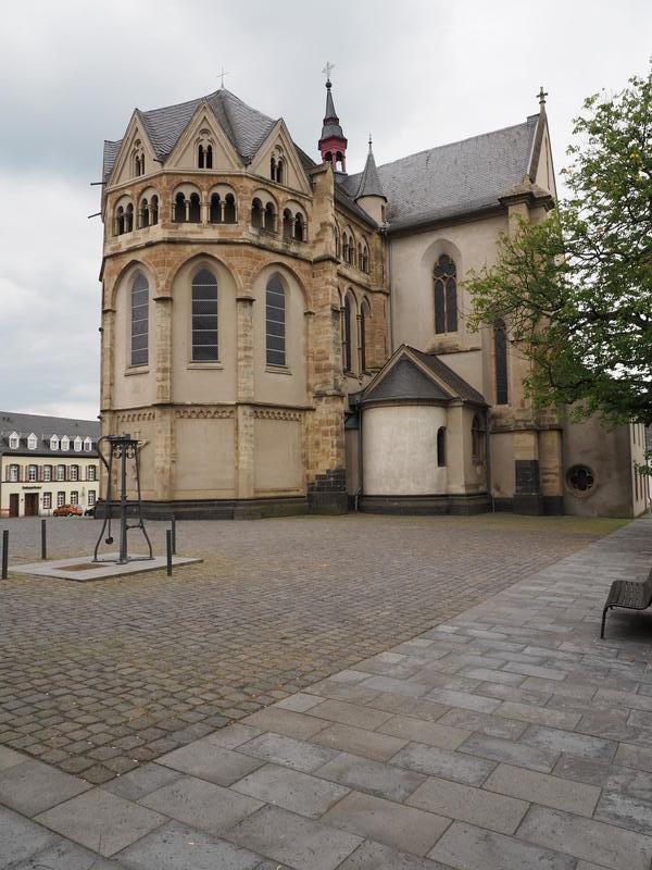 20150526_Burg_Eltz_Lahneck_und_Muenstermaifeld_021