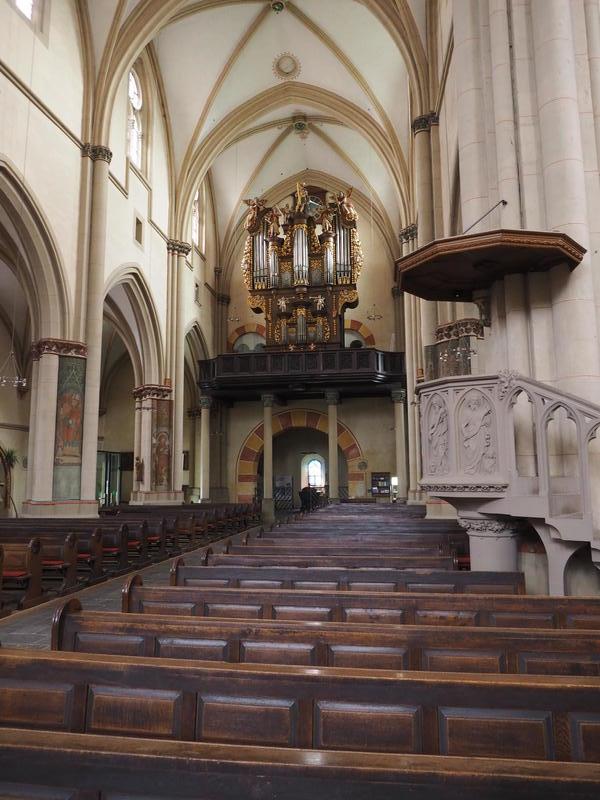 20150526_Burg_Eltz_Lahneck_und_Muenstermaifeld_024