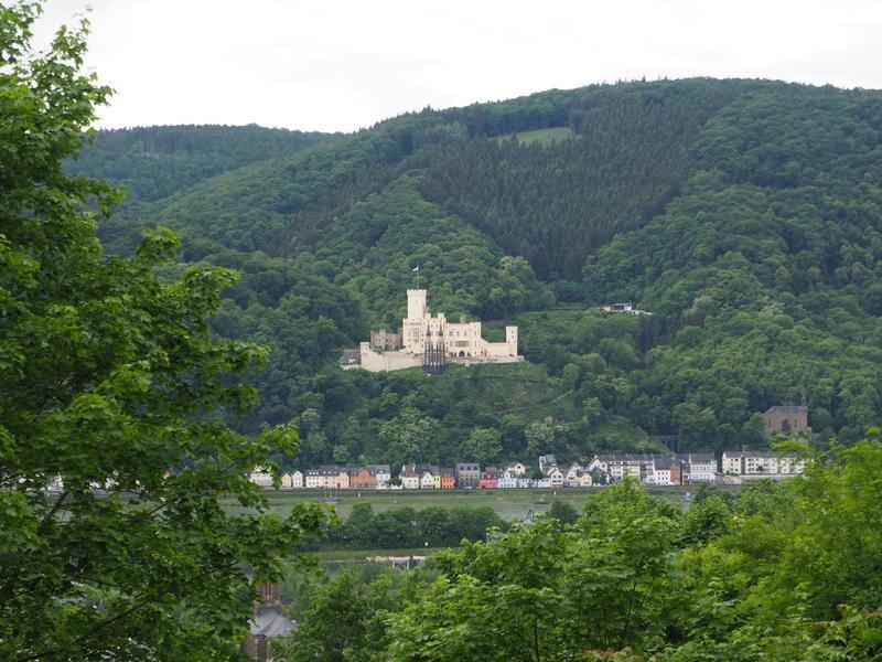 20150526_Burg_Eltz_Lahneck_und_Muenstermaifeld_033