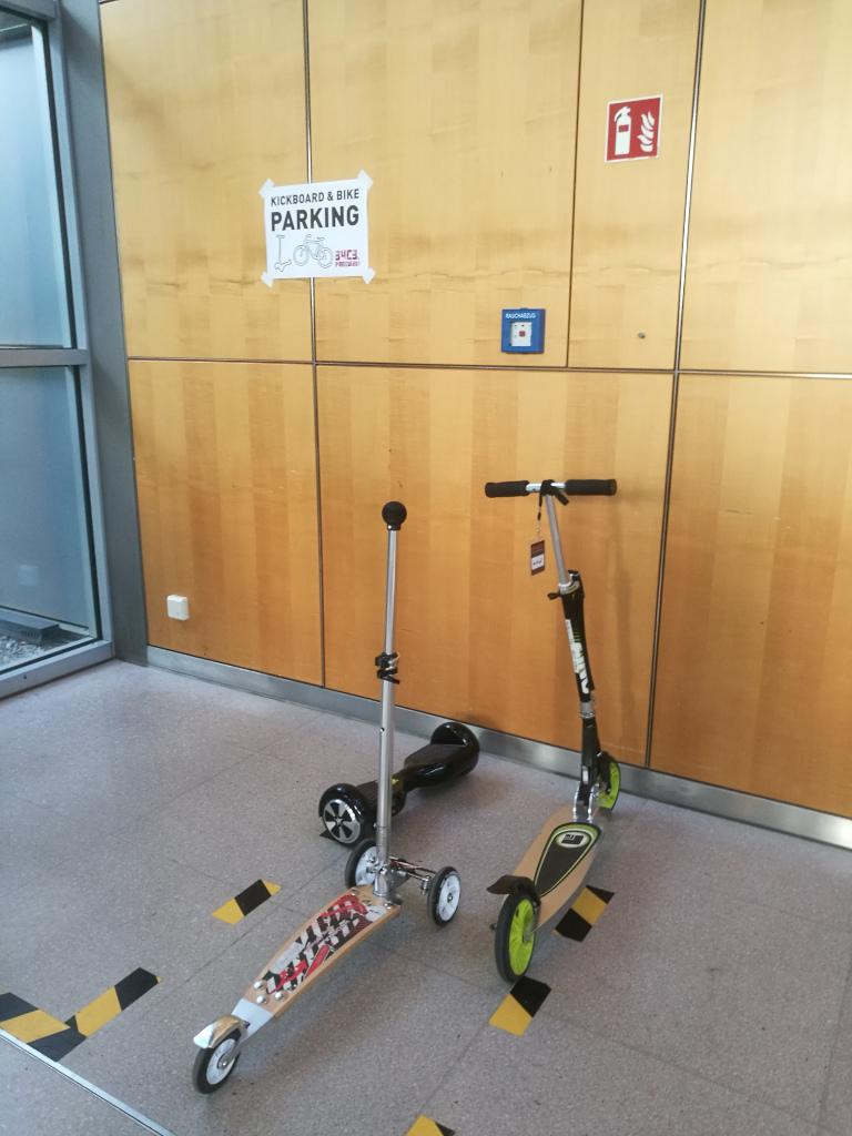 20171226_133457_Kickboard_Bike_Parking