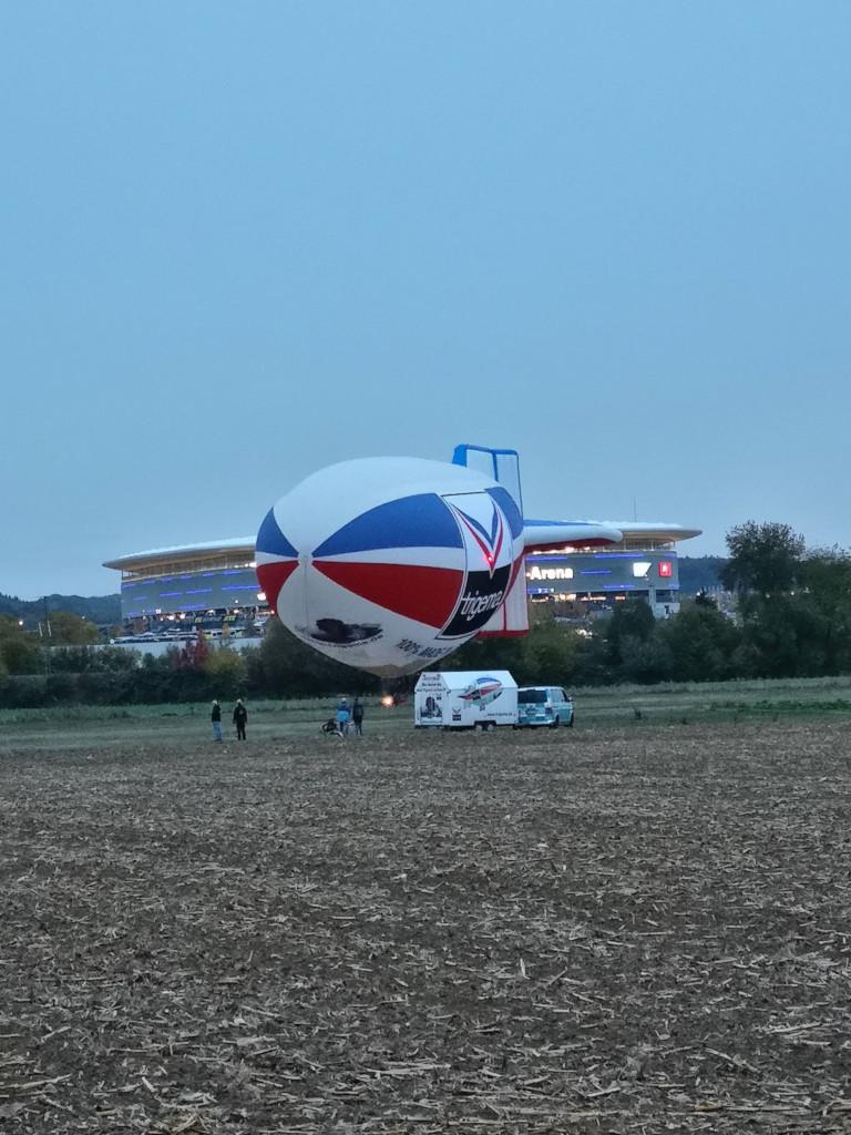 20181027_ungewoehnlicher_Heissluftballon_004