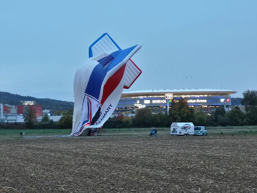 20181027_ungewoehnlicher_Heissluftballon_011